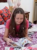 Cute teenage hottie toys her beaver